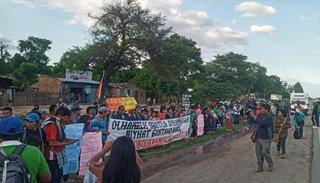 Otra marcha indígena y tregua  en los cortes de las rutas 13 y 34