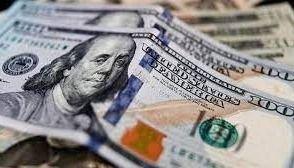 El dólar blue bajó $5 desde el lunes y se posicionó en los $180