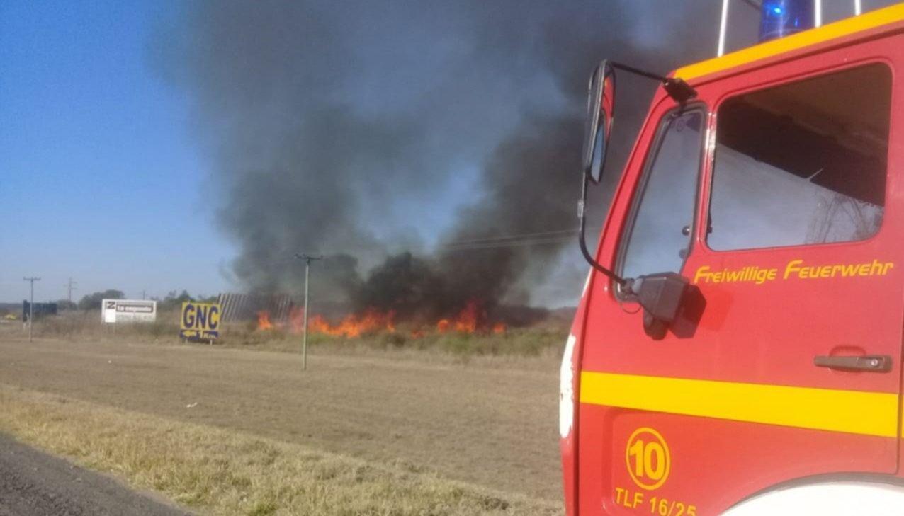 Récord: Bomberos apagaron 12 incendios en 30 horas