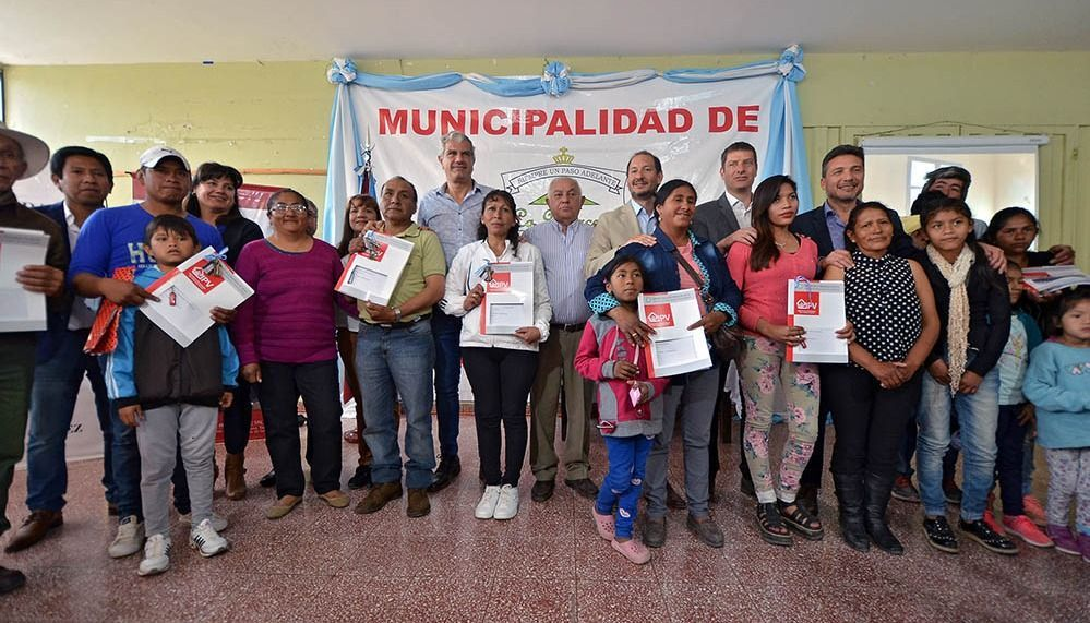 Entregaron viviendas a familias de La Merced