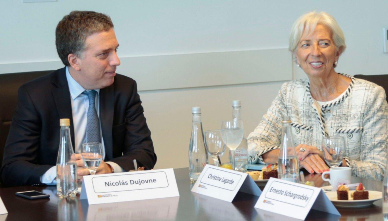 Avanza diálogo entre FMI con Argentina para adelantar fondos