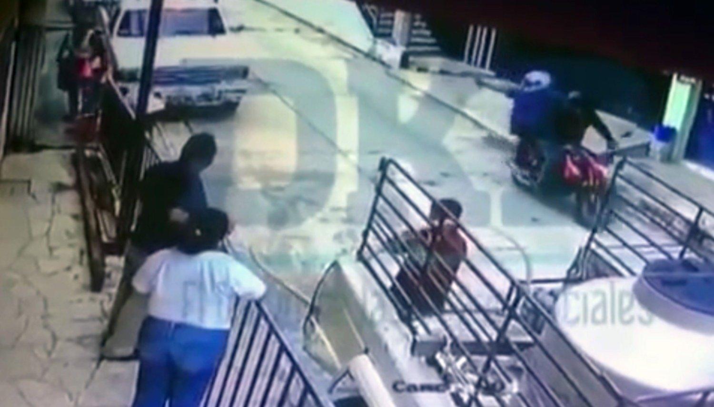Captan en video el asesinato del periodista Mario Gómez