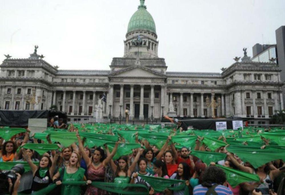 Marcharon en en Neuquén por el aborto legal, seguro y gratuito