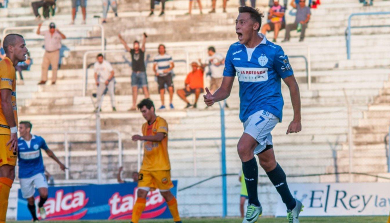 """Luciano Herrera: """"Me siento mucho más cómodo de delantero"""""""