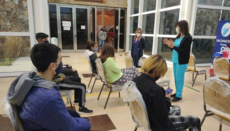 Más de 2500 jóvenes de 17 años sin comorbilidades se anotaron para ser vacunados en Salta
