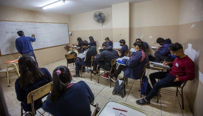 La presencialidad plena en Salta, por ahora sólo está en el análisis de su aplicación
