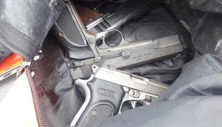 Armas de guerra en las  calles de Tartagal