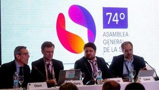 Cabot, Wiñazki y Santoro expusieron sobre el periodismo de investigación