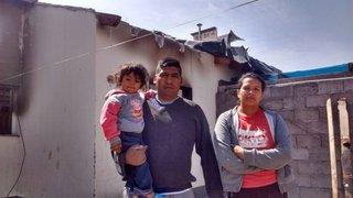 Sin bomberos ni ambulancia, una familia se salvó de milagro