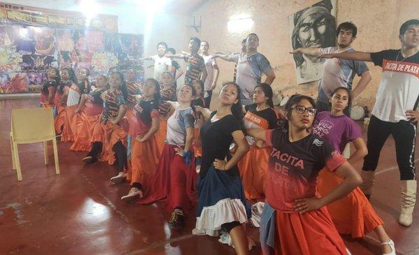 Inicia el XVIII Encuentro Nacional de Folklore - El Tribuno.com.ar