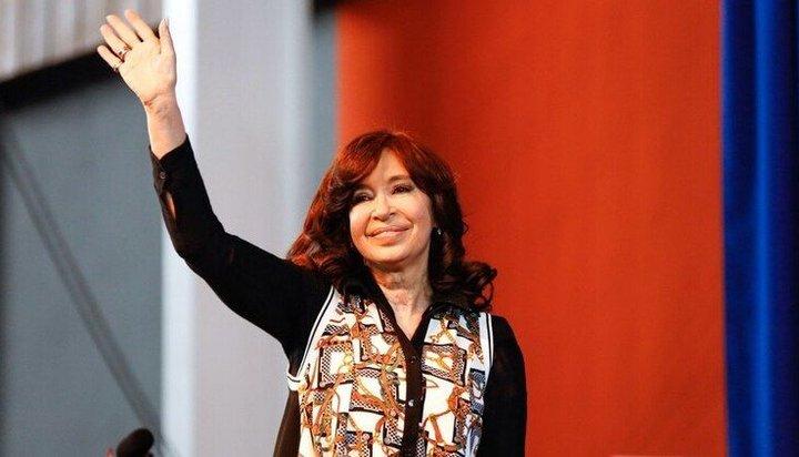 """Cristina Kirchner: """"Con nosotros la deuda era del 13%, con Macri es del 100%"""