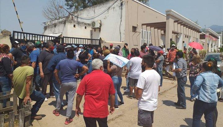 """Aguaray: vecinos exigen que Prado """"pague de su bolsillo"""" a sus abogados"""