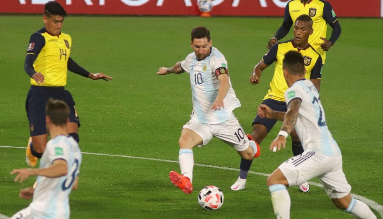 VIDEO Un penal y nada más: con gol de Messi, Argentina le ganó 1 a 0 a Ecuador