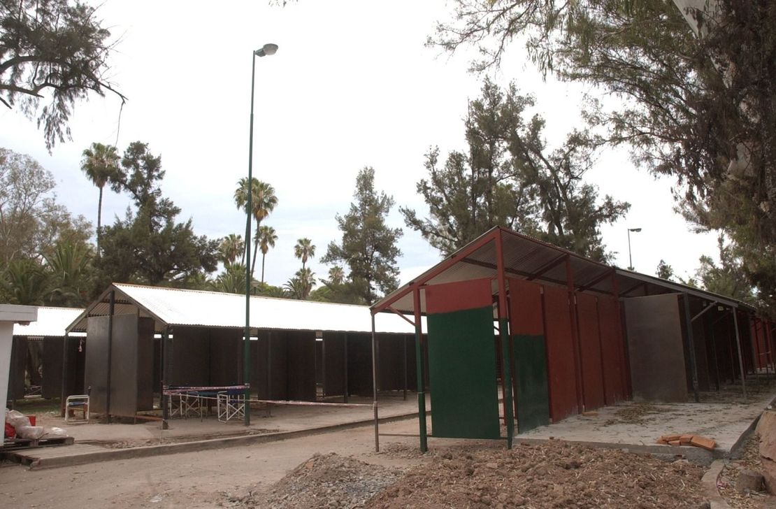 La instalación de puestos para vendedores en 2008.