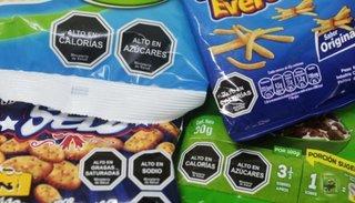 El oficialismo insiste con la ley de etiquetado de alimentos