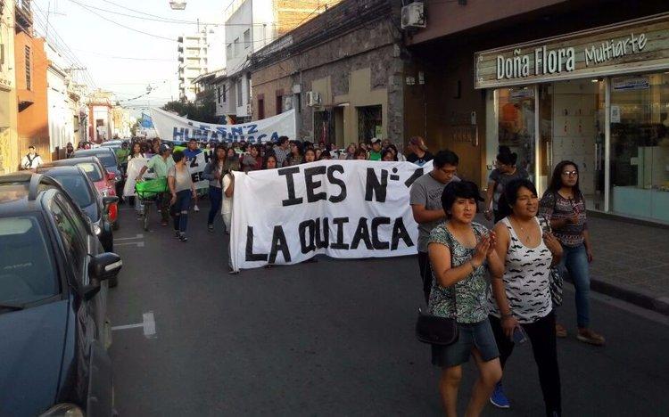 Video: Tercera marcha de docentes y estudiantes autoconvocados