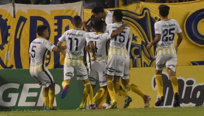 Boca volvió a perder, esta vez frente a Rosario Central, en Arroyito
