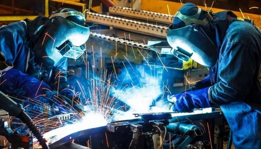 La industria cayó el 11,5% en septiembre y es la caída más pronunciada en los últimos 16 años