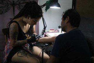 Las Mujeres Las Que Más Se Hacen Tatuajes