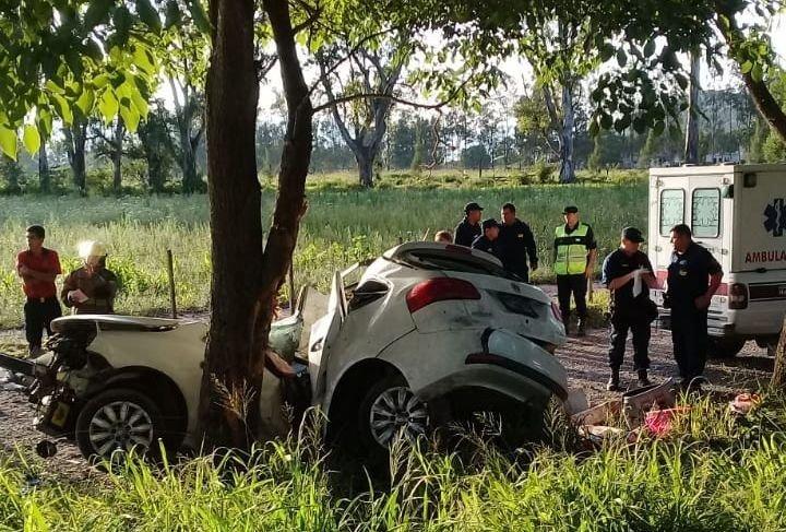 Cerrillos: muere una joven policía en un trágico accidente a la altura de la curva del INTA