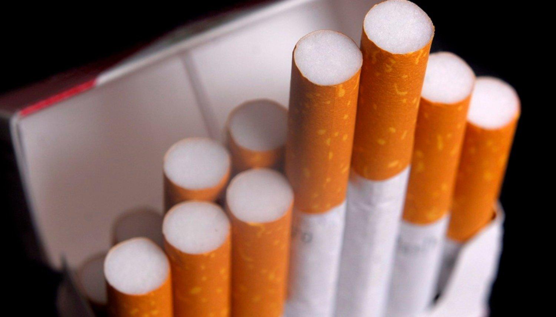 A partir de hoy, los cigarrillos aumentan un 9% - Actualidad
