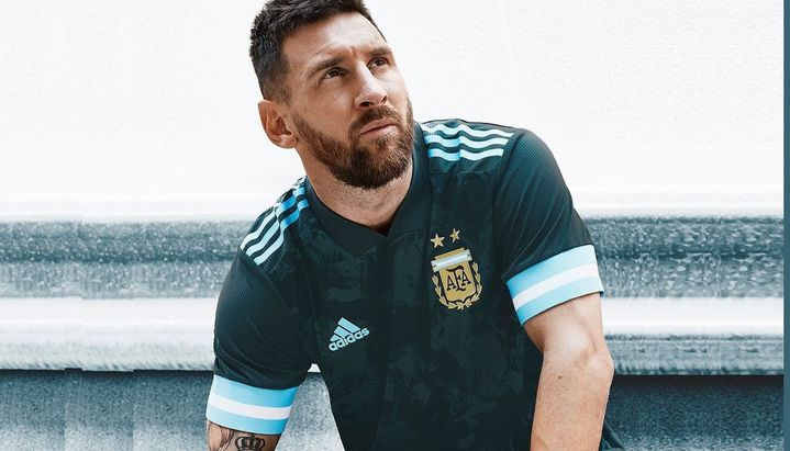 Messi vuelve a ser el centro de atención en la Selección