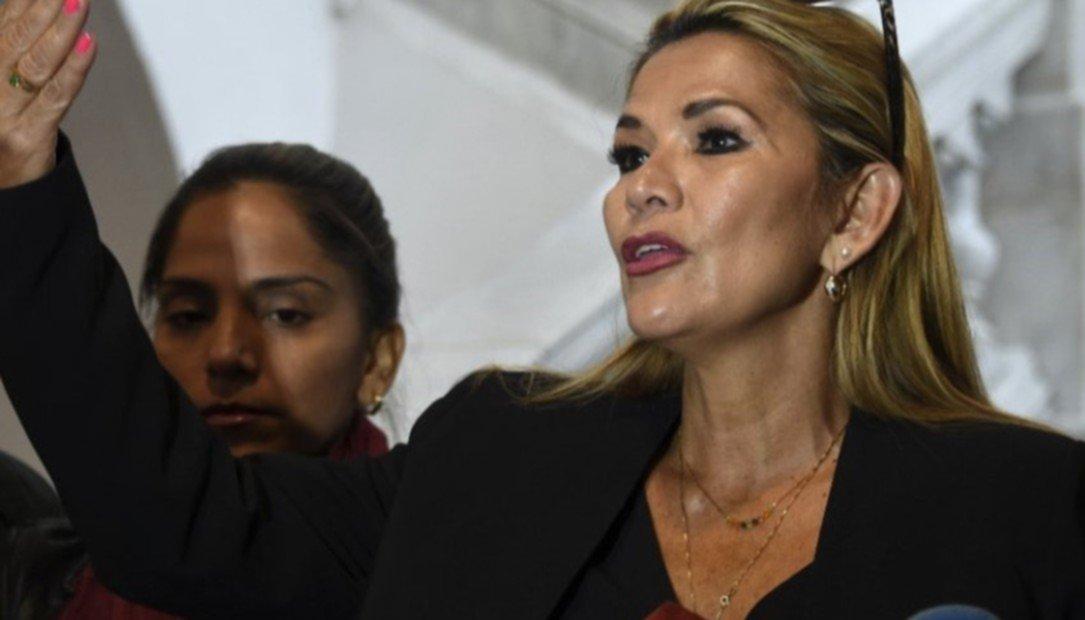 Jeanine Áñez, la segunda mujer que llega a la presidencia de Bolivia