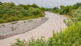 Deberán evitar nuevos asentamientos poblacionales dentro de la línea de ribera del río Arenales