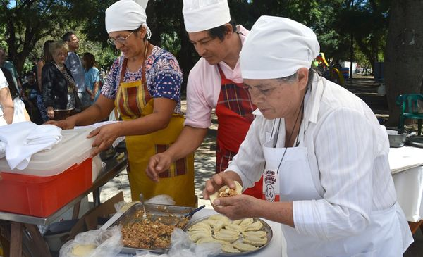Mañana llega la 3° Feria de la Empanada en Plaza Alvarado - El Tribuno.com.ar