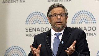 Adolfo Rubinstein renunció como secretario de Salud tras la polémica por el protocolo del aborto no punible