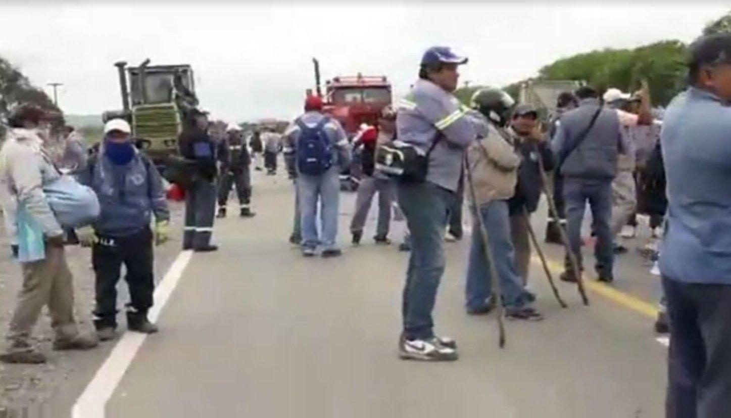 La policía de Morales reprimió a trabajadores del ingenio La Esperanza — Jujuy