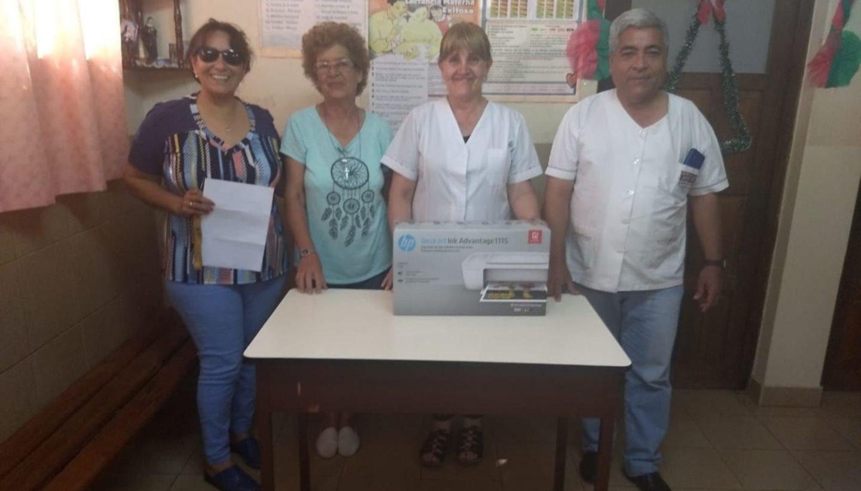 Donaron una impresora al centro de salud Santa Rita