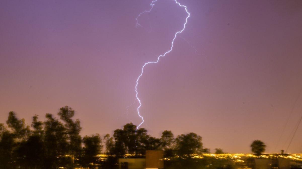 El Galpón: un trabajador rural falleció al recibir una fuerte descarga durante la tormenta