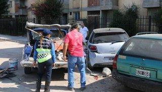 Un policía ebrio chocó una camioneta en barrio Casino y dejó tres heridos graves