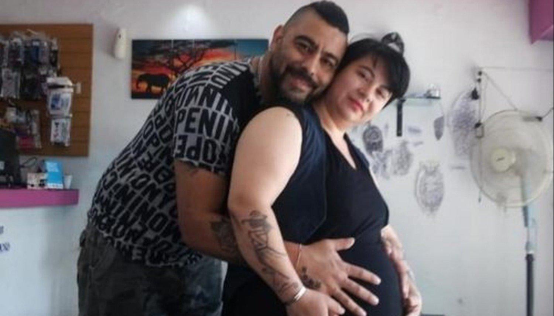 Una embarazada estaba por ingresar a cesárea en un hospital y desapareció