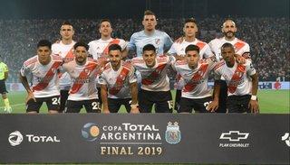 River goleó a Central Córdoba de Santiago del Estero y se consagró campeón de la Copa Argentina