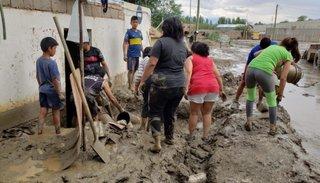 Piden donaciones de lavandina, detergente y agua para asistir a los afectados por el temporal en Cafayate