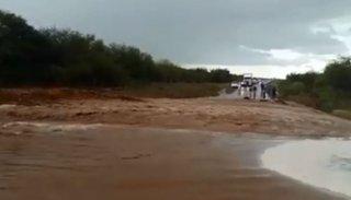 Una tremenda tormenta cayó en Coronel Moldes y provocó cortes en la ruta 68