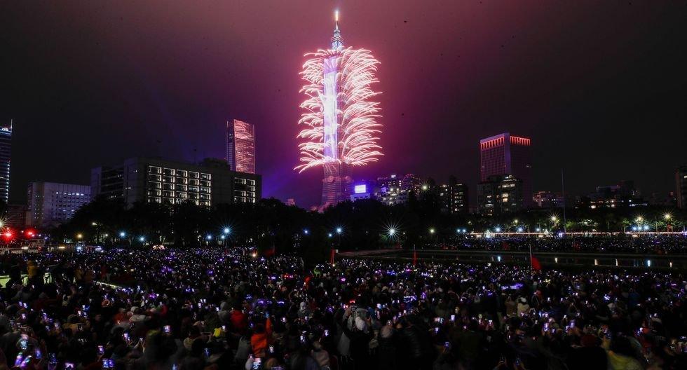 Taiwán recibe así el Año Nuevo 2020. (EFE/EPA/RITCHIE B. TONGO).