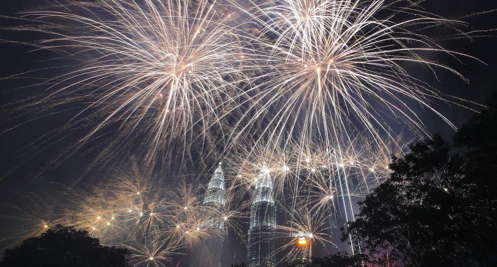 Malasia recibe así el Año Nuevo 2020. (EFE/EPA/FAZRY ISMAIL).