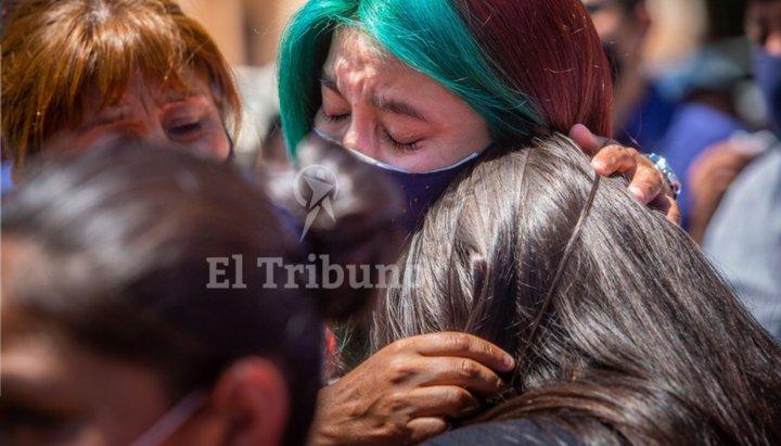 Emotivo acto para los héroes salteños contra la COVID-19
